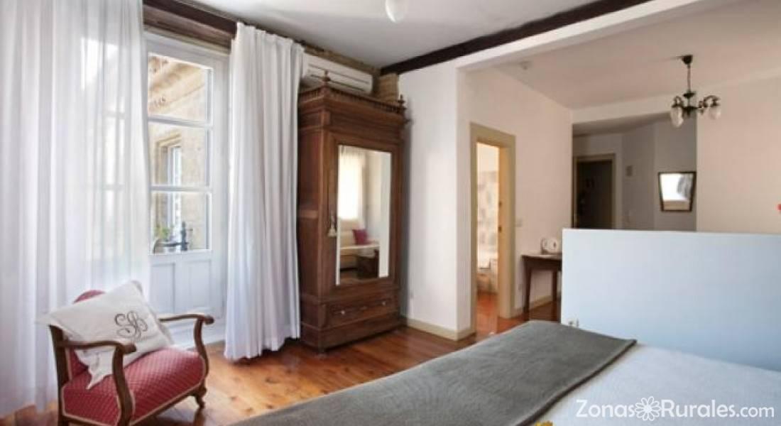 página web acompañante del hotel pequeño en Logroño