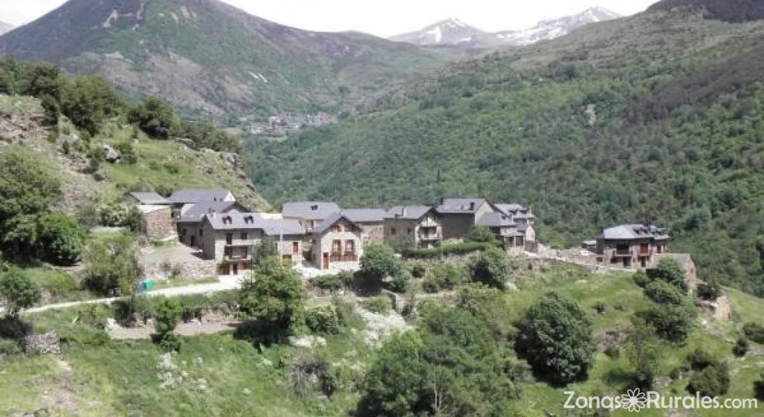 Lejos de casa casa rural sa 6 personas cataluna - Casa rural 30 personas ...