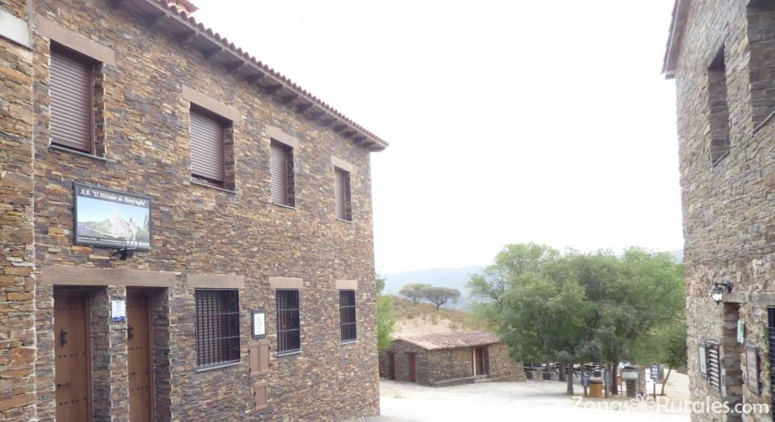 Casa rural al mofrag y mirador de monfrag e casa rural en villarreal de san carlos monfrag e - Casa rural monfrague ...