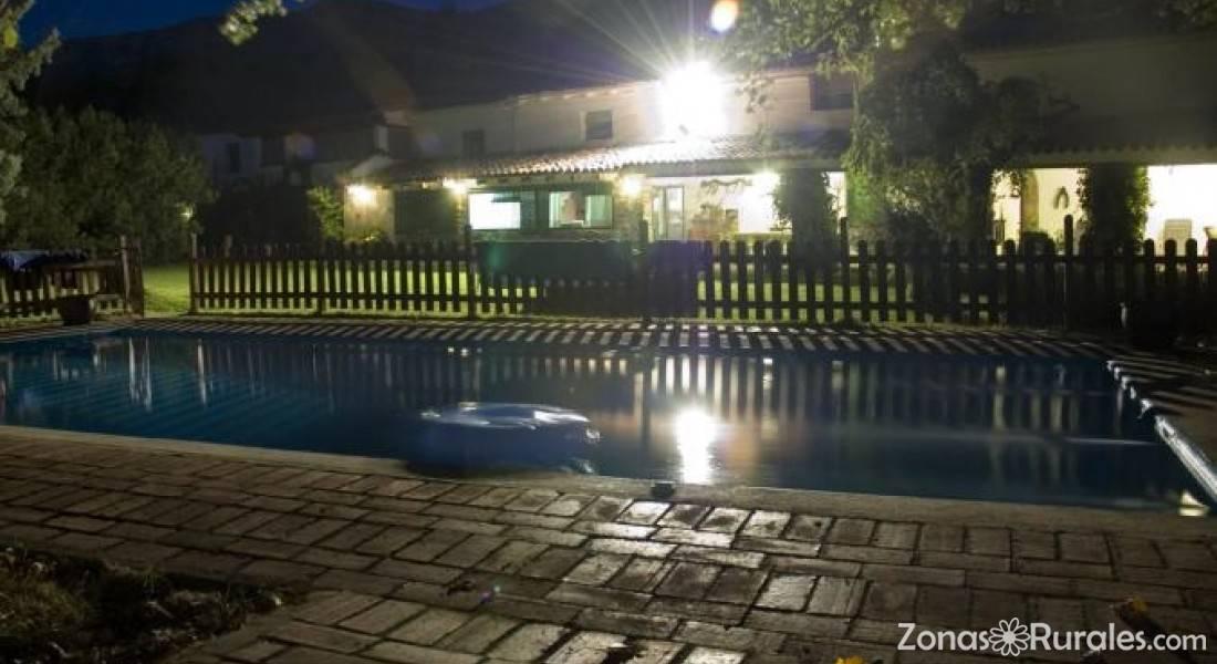 Casas rurales finca la caser a casa rural en navaconcejo c ceres - Casas rurales en el jerte con piscina ...