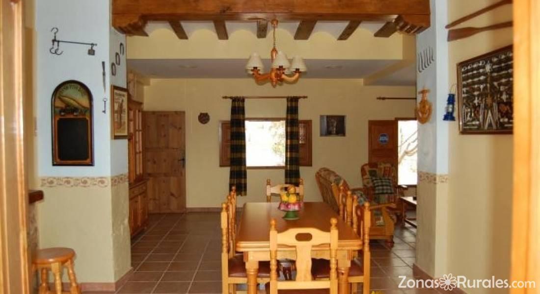 Alojamiento tur stico rural casas de alcance casa rural en cofrentes valencia - Casa rural cofrentes ...