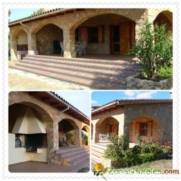 Casa rural la miguelota casa rural en les useres castell n - La toscana casa rural ...