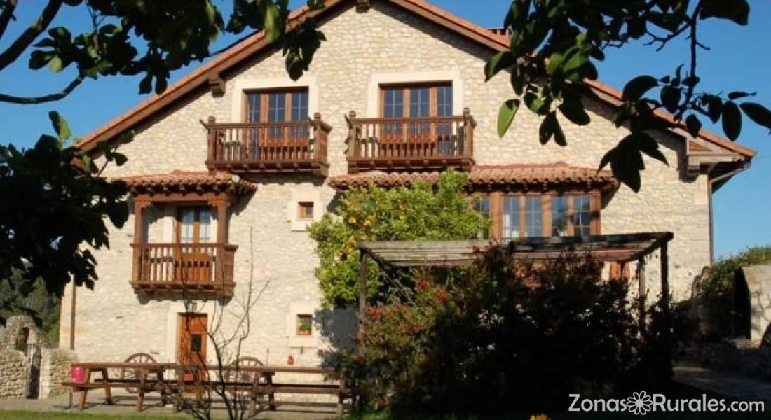 La diligencia casa rural en serdio cantabria - Casa rural la diligencia ...