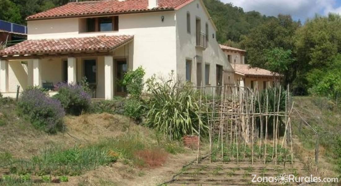 Mas vinyoles casa rural en sant mateu de montnegre girona for Casas de campo en alquiler baratas en sevilla