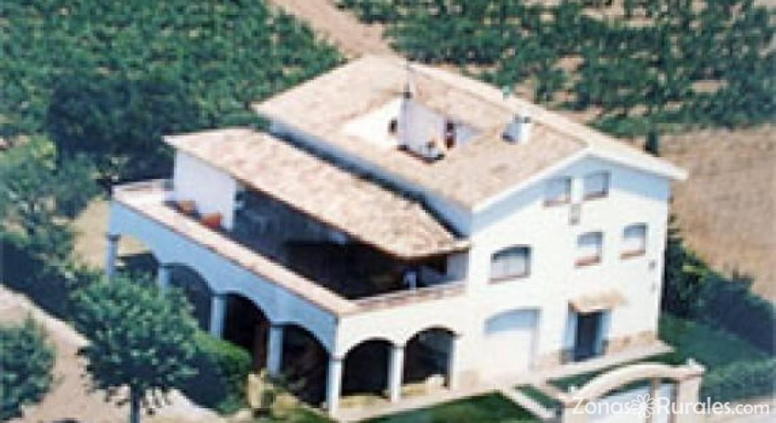 Alquiler fin de semana casa rural en barcelona for Alquiler casa sevilla una semana