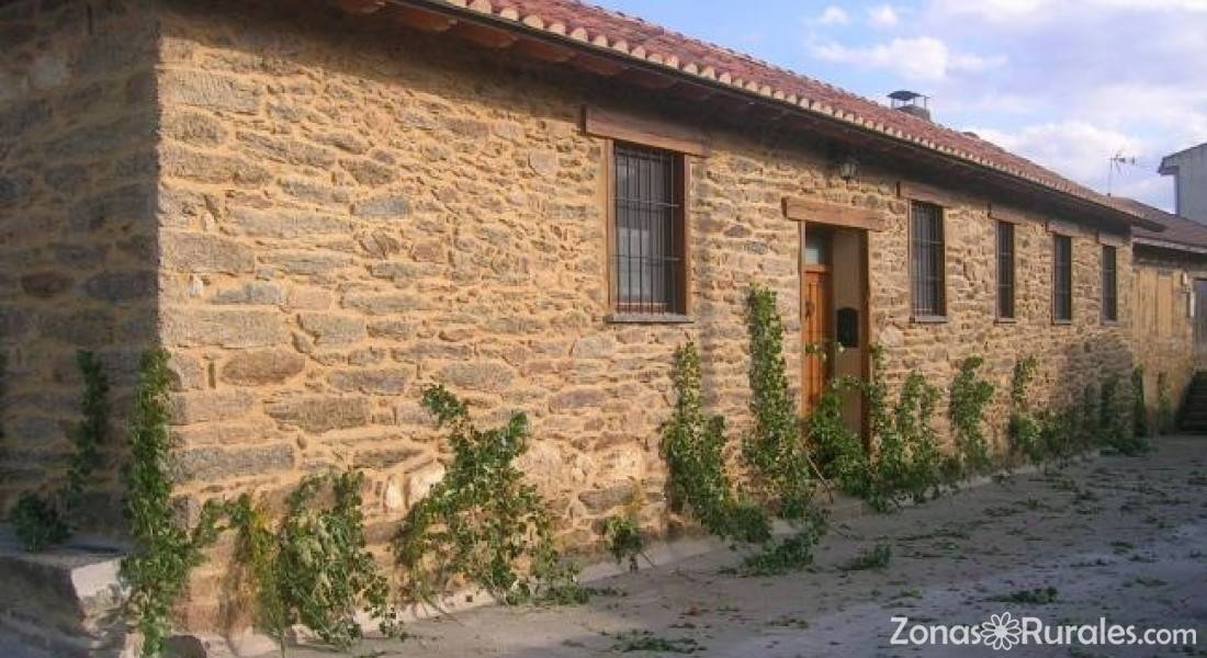 Casa rural de la parrada casa rural en peque zamora - Casas rurales sanabria ...
