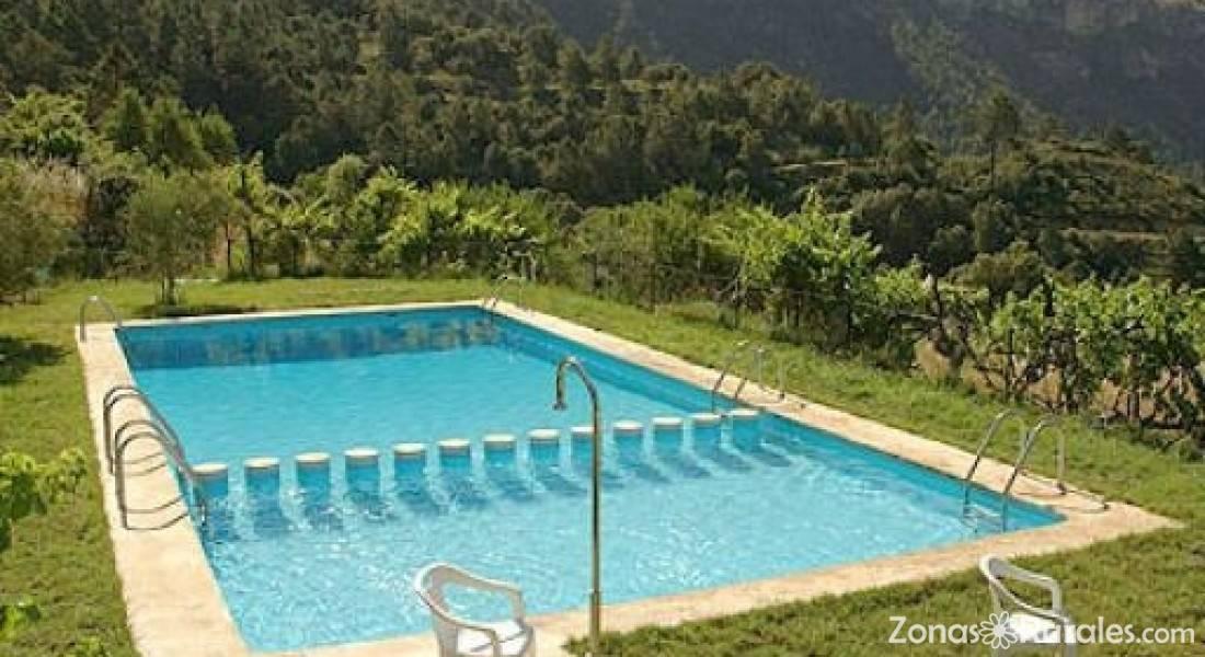 Casas rurales piedra la ventana casa rural en yeste albacete - Casas rurales teruel con piscina ...