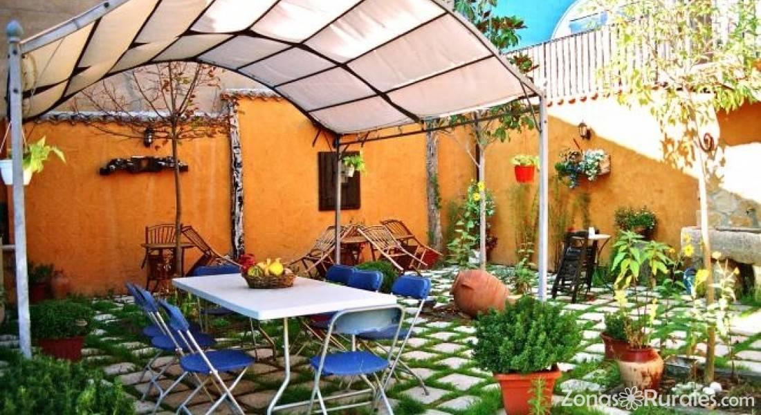 Casa rural el tirabeque casa rural en ruyales del agua for Casa rural jardin del desierto tabernas