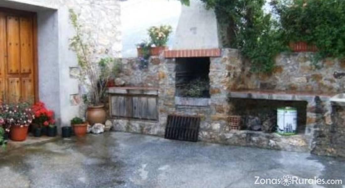 Casas rurales venta de los herradores casa rural en - Venta de casas rurales en cantabria ...
