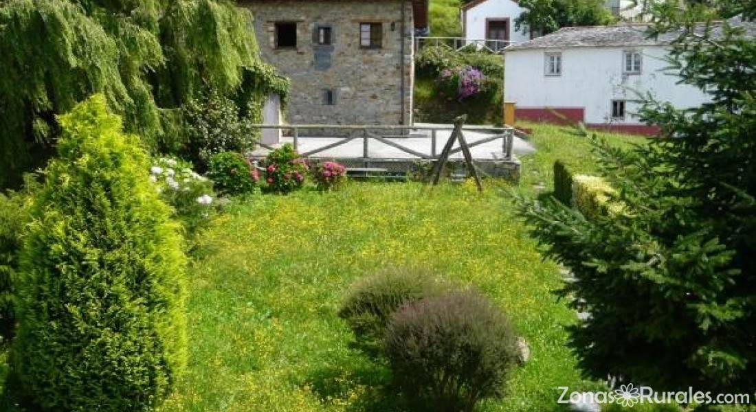 Casa la paredana casa rural en luarca vald s asturias - Casa rural luarca ...