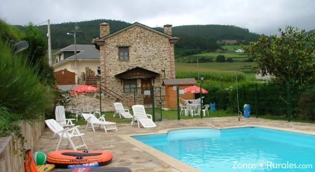 Apartamentos de turismo rural casa caleya apartamentos - Casas rurales en asturias con piscina ...