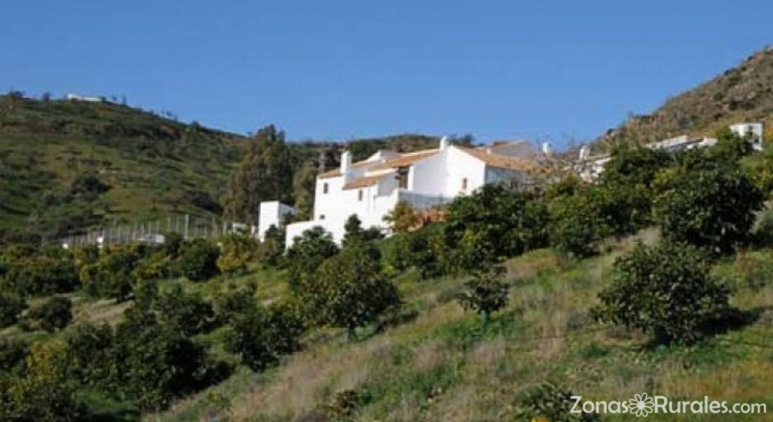 Casas rurales la huerta casa rural en campanillas m laga - Casa rural la reserva ...
