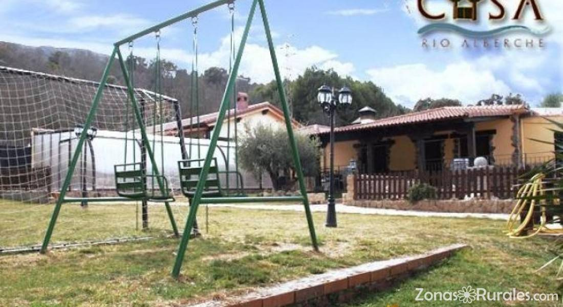 R o alberche casa rural en navaluenga vila for Jardines del alberche