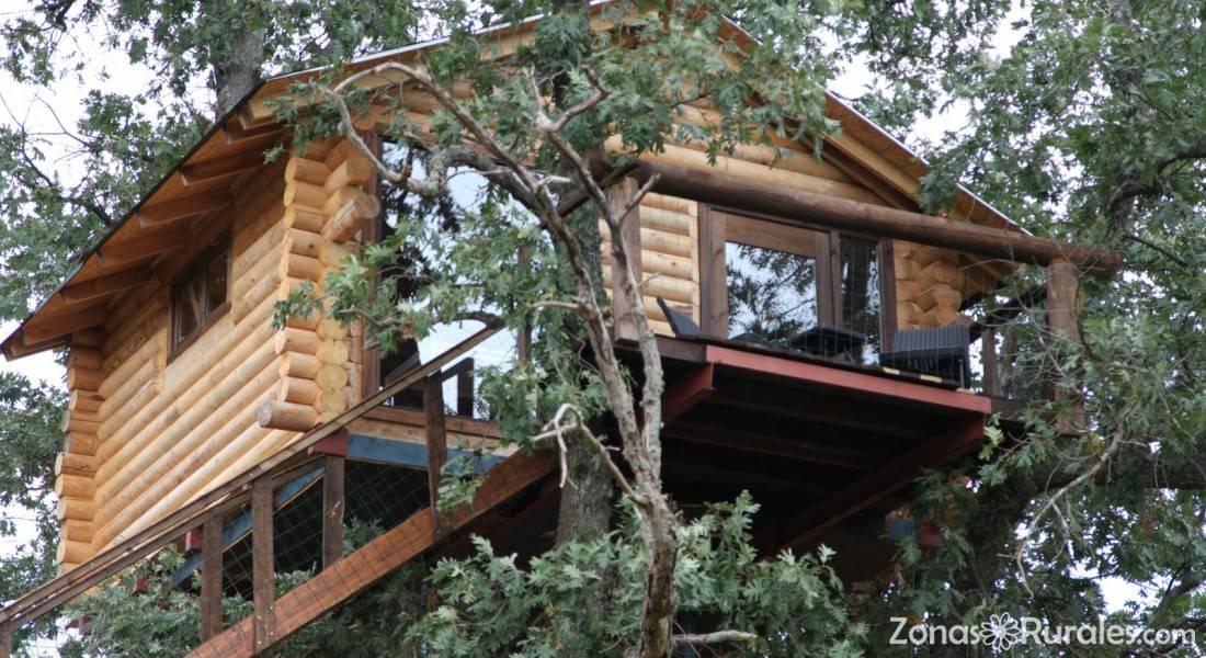 Caba as en los rboles de extremadura albergue en for Alojamientos cabanas en los arboles