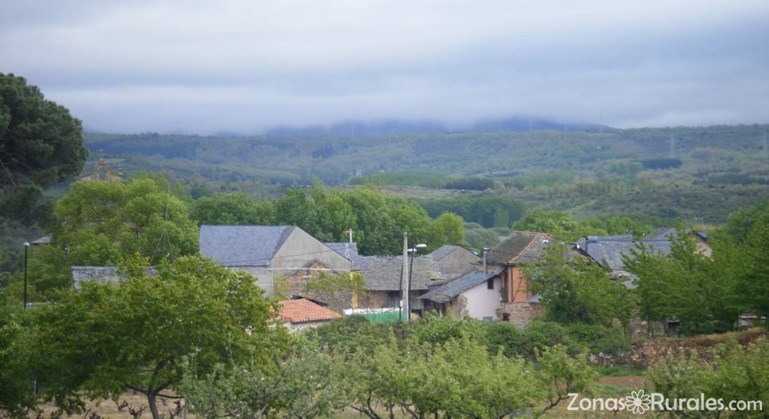 Casa belarmino casa rural en san esteban del toral le n - Casa rural san esteban del valle ...