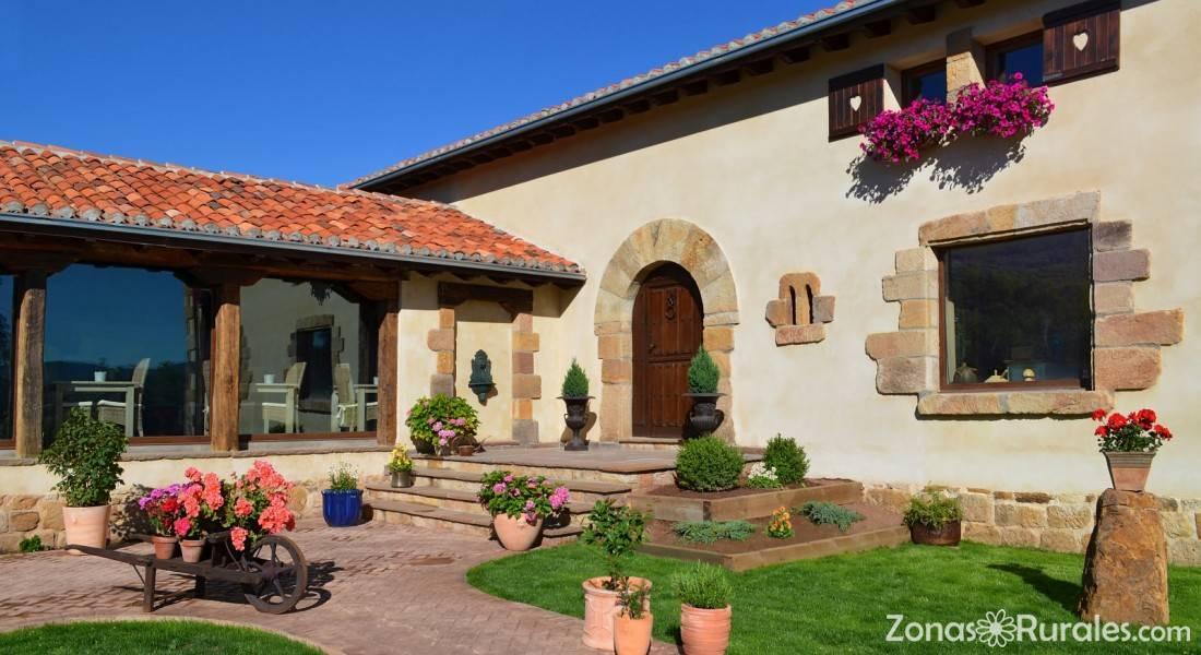 Hotel lindos sue os hostal rural en entrambasaguas for Hostal ciudad jardin malaga