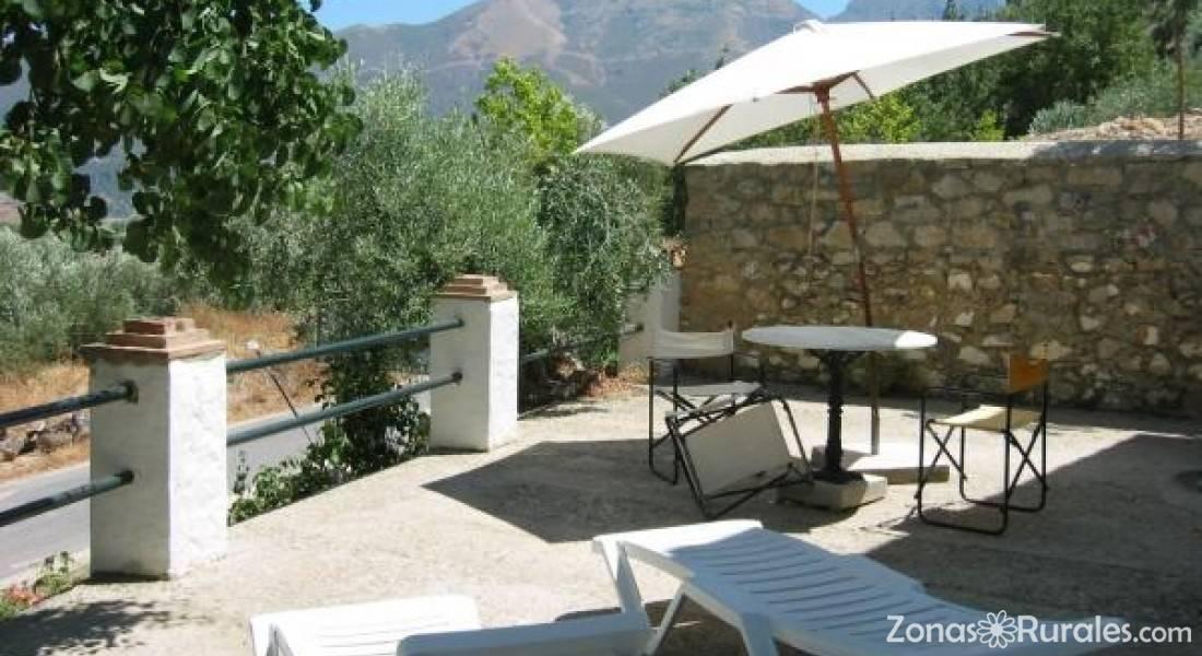 Molino el v nculo casa rural en zahara de la sierra c diz - Casas en zahara de la sierra ...