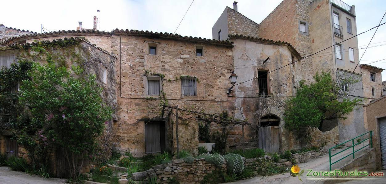 Alquilar una casa rural en barcelona m s all del turismo for Apartamentos para alquilar en sevilla