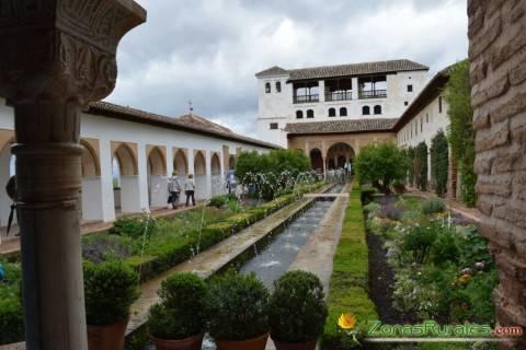 Una casa rural para visitar La Alhambra, el monumento más visitado de España