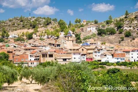 Mucho más que playa: 10 destinos de turismo rural en Valencia que te enamorarán