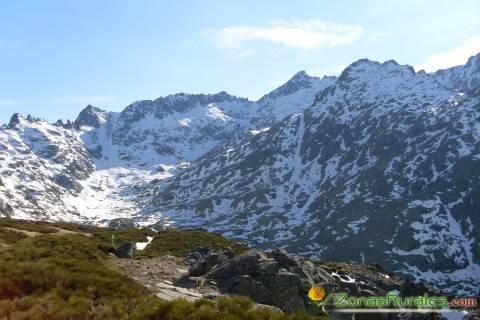 Visitar el Circo de Gredos, un glaciar en plena Ávila