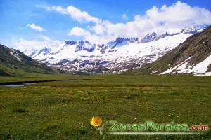 10 razones por las que alquilar una casa rural en Huesca