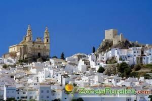 8 pueblos blancos de Andalucía donde alquilar una casa rural este otoño