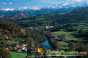 Cangas de Onís y Los Picos de Europa