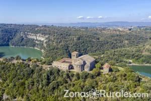 10 bonitos pueblos de Barcelona donde disfrutar del turismo rural